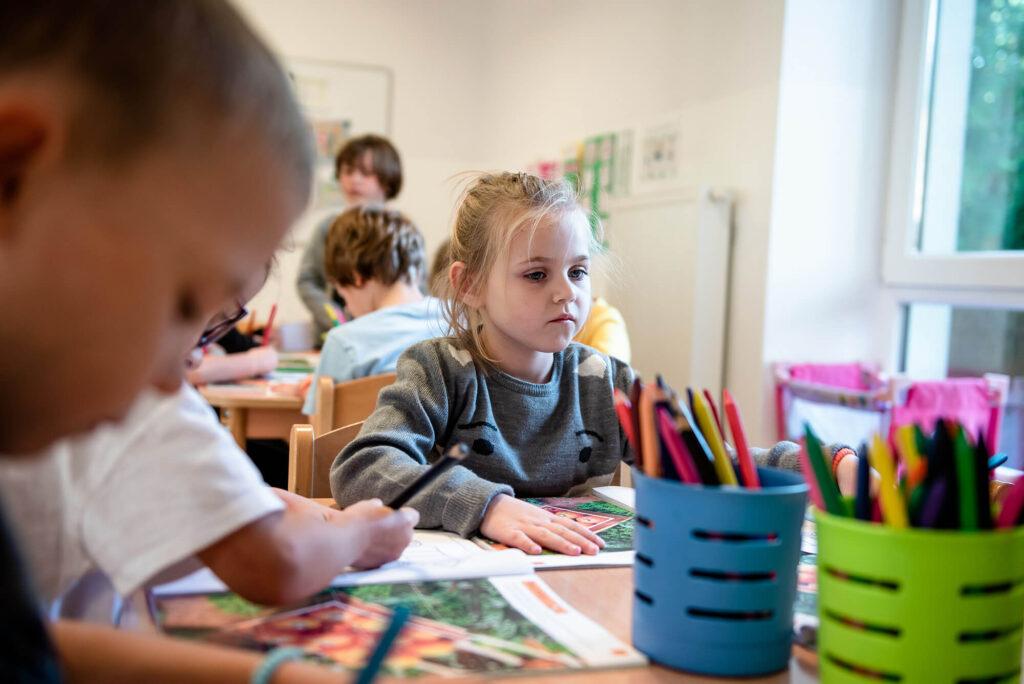 Dziewczynka - przedszkole Milanówek