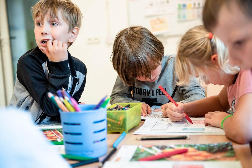 Dzieci rysują - przedszkole Milanówek